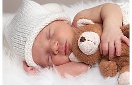 Профессиональная фотосессия новорожденного: делать или нет?