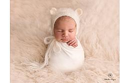 Самый лучший реквизит для фотосессии новорожденных: чему отдать предпочтение?